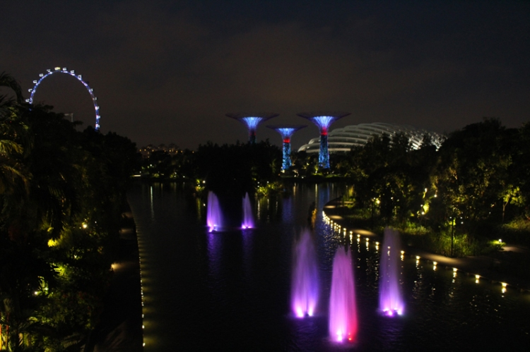 Singapour By Night © Break and Trek_2017_1