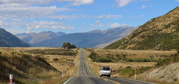 On the road NZ © Break and Trek_2017_3