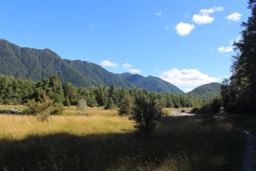 Lake Daniell Track NZ © Break and Trek_2017_3